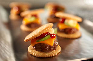 Mini RITZ West Coast Burger Bites Recipe